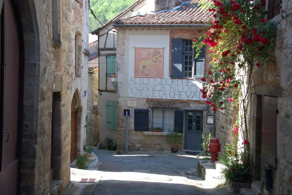 Exceptionnel Bienvenue Dans Notre Chambre Du0027hôtes Avec Restaurant à Saint Antonin Noble  Val